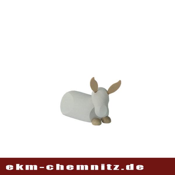 BeiIhrer Weihnachtskrippe, darf die Drechselfigur Esel nicht fehlen. Als Sammlerfigur der Firma Hennig in klein natur/weiß.