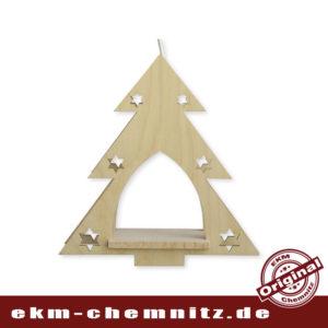 Ein beleuchtetes Fensterbild zu Weihnachten im Erzgebirge, in Form einer Tanne. Unbestückt können sie nach Lust und Phantasie ihr Fensterbild selber bestücken. Inkl. Leuchtmittel 15W E14