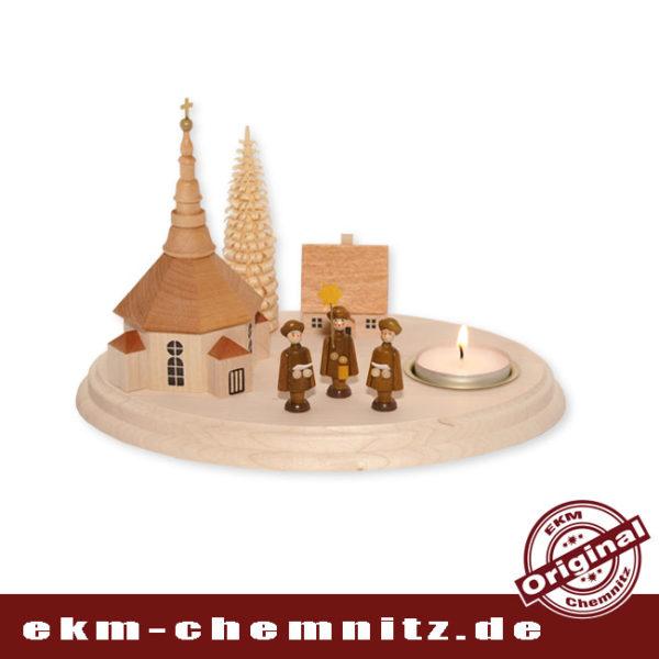 Die Seiffener Kirche natur mit Kurrende Sängern und Teelicht auf einem Brettchen. Ein schöner Tischleuchter für Weihnachten.