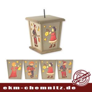 Weihnachtslaterne mit LED, Motiv Laternenkinder. Behaglichkeit für ihren Wohnraum. Zum Hängen oder Stellen, beides ist möglich. Für weitere Laternen, ist ein Verteilerkabel inkl.