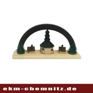 Diese Seiffener Kirche mit braunem Bogen gehört zu den Miniaturen.